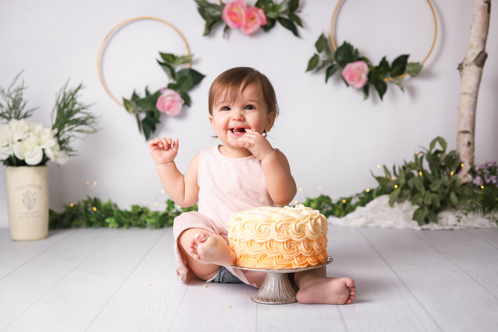 Isabella Turns One! Halifax Cake Smash Photography