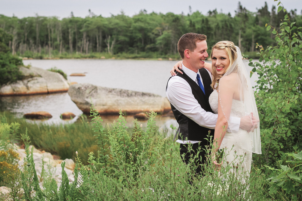 Lindsay & Brent - A Comfort Inn Bayers Lake Wedding - Halifax Wedding Photographer