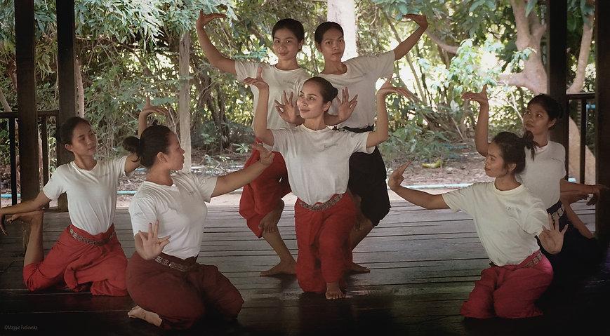 Sacred Dancers_padlewska1 copy.jpg