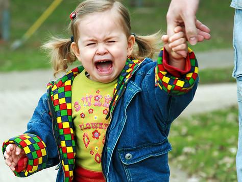 Признаки тяжелой адаптации к детскому саду