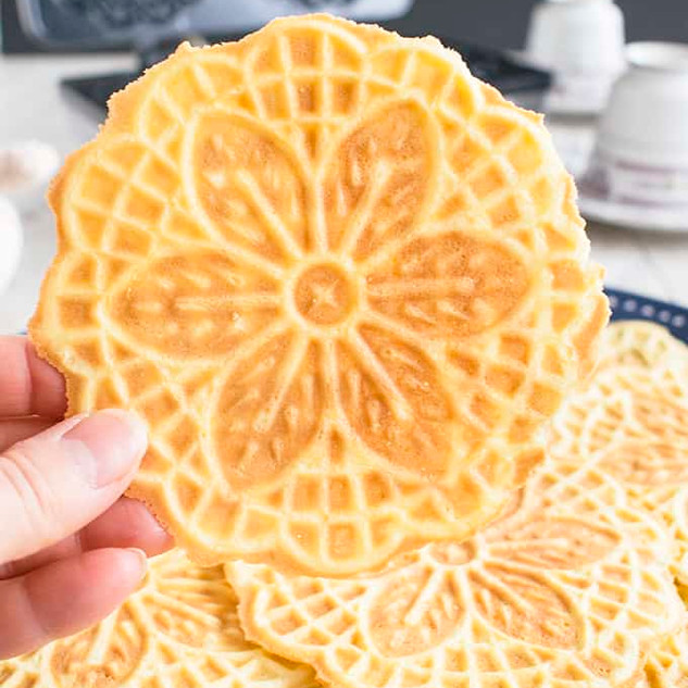 1a-Almond-Pizzelle-Cookies-Picture.jpg