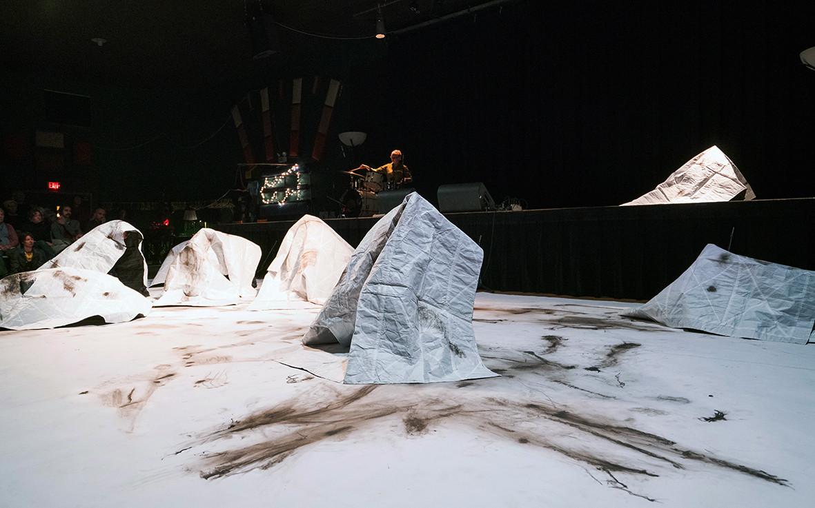 Fold. Unfold. Trace. Track. Landscape 6