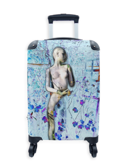 Street Art Suitcase Winter Doll 023