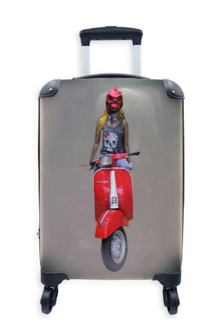 Street Art Suitcase Vespa Devil 012