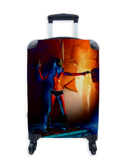 Street Art Suitcase Window Shooter 002