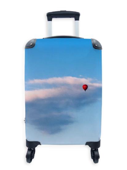 Street Art Suitcase Jaws Balloon 019