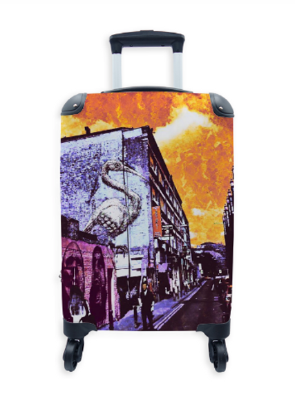 Street Art Suitcase Brick Lane Pelican 001