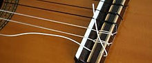 classical-style-guitar-strings-change.jp