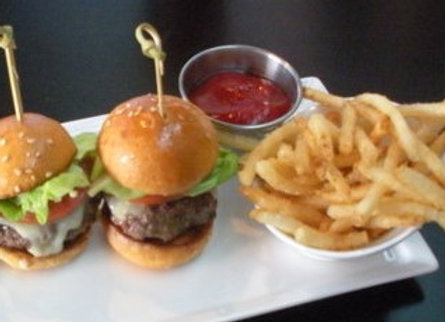 2 sliders and fries - kids meal