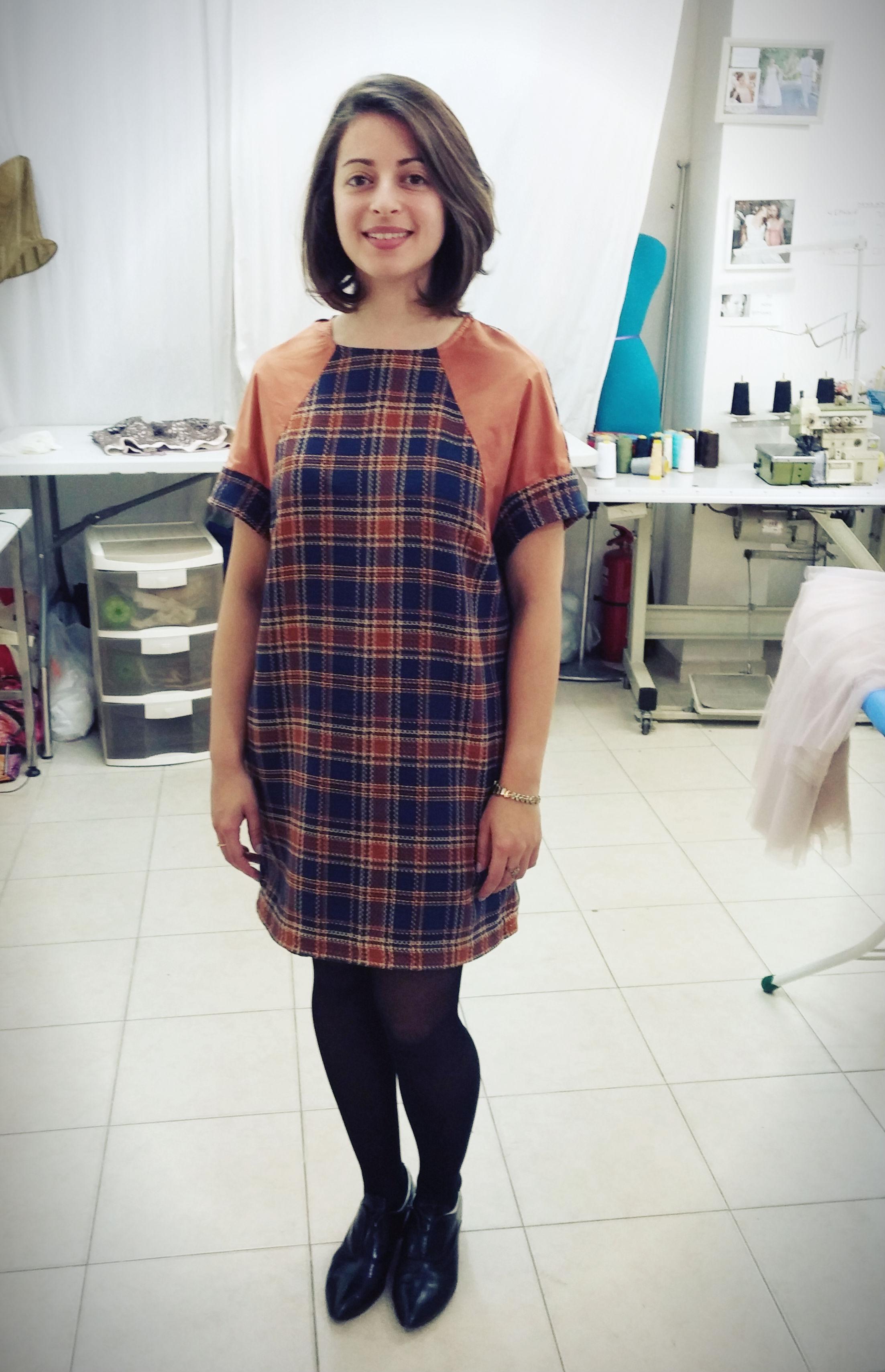 אורלי בשמלה מבורדה