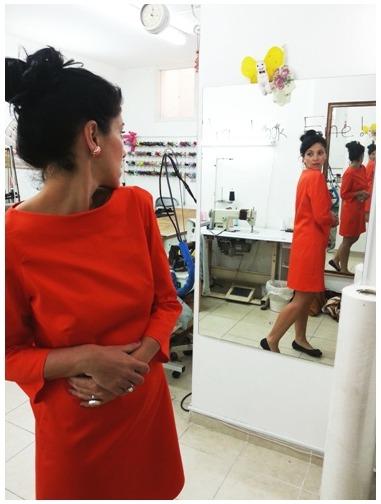 שמלה שנתפרה מגיזרה של מגזין בורדה