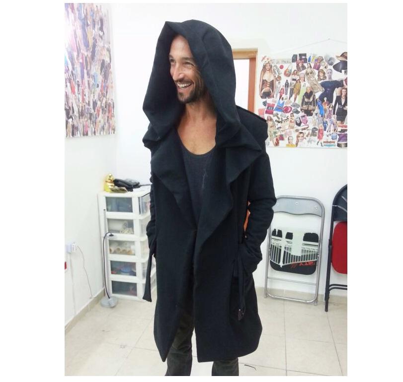 אברי במעיל בעיצוב אישי