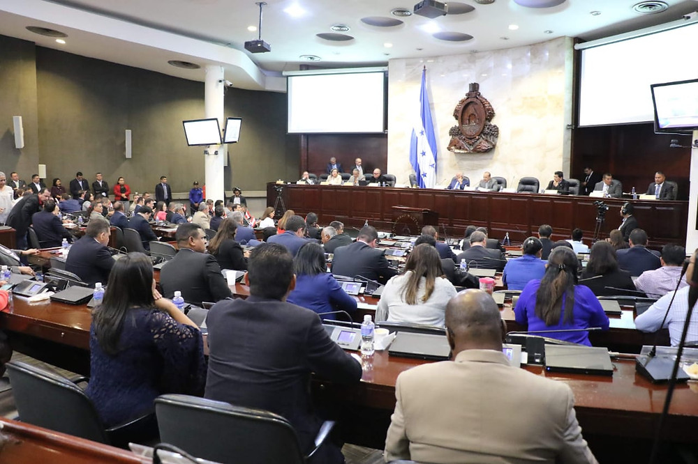 El CN aprueba Ley de Uso Obligatorio de Mascarillas y Aplicación de Protocolos de Bioseguridad