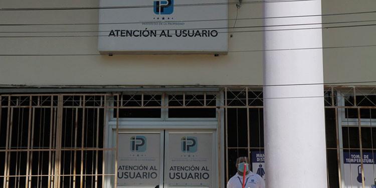 El Instituto de la Propiedad reinicia trámites en oficinas de la capital