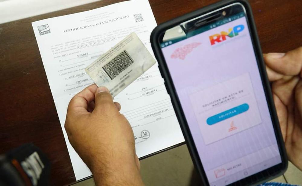 El Consejo Nacional Electoral emplaza al RNP por censo y nueva identidad