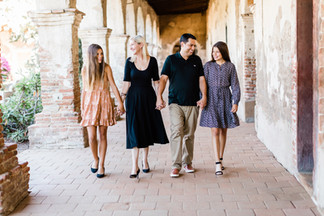 Robertson.Family.2019-10.jpg