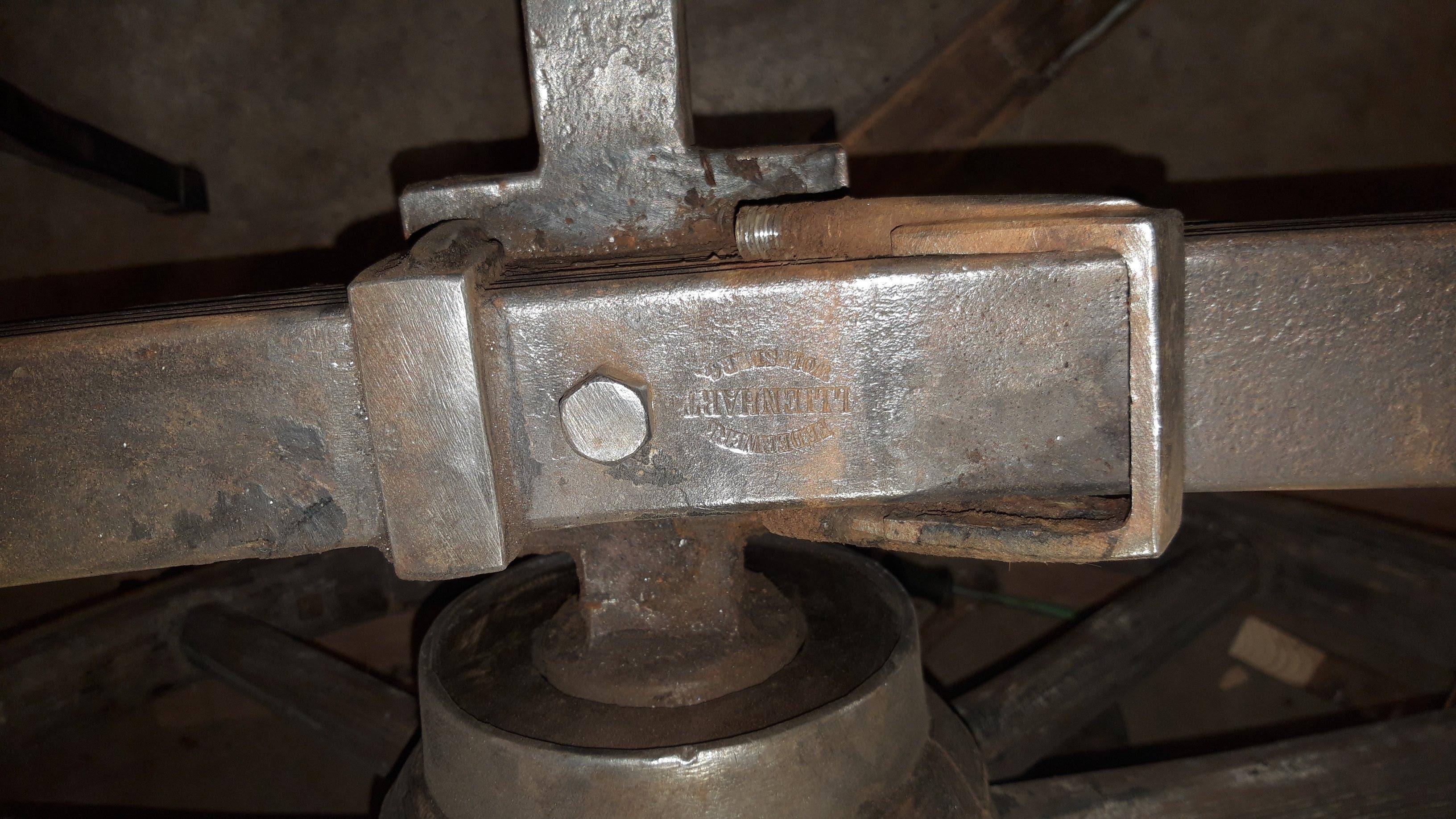 Ijzeren onderdelen gemaakt door L. Lienhart (Wolfsberg)