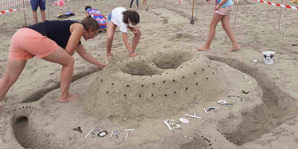 Châteaux et sculptures de sable en famille
