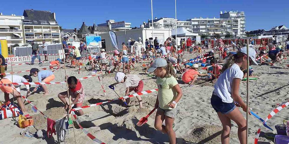 Châteaux et sculptures de sable pour enfants