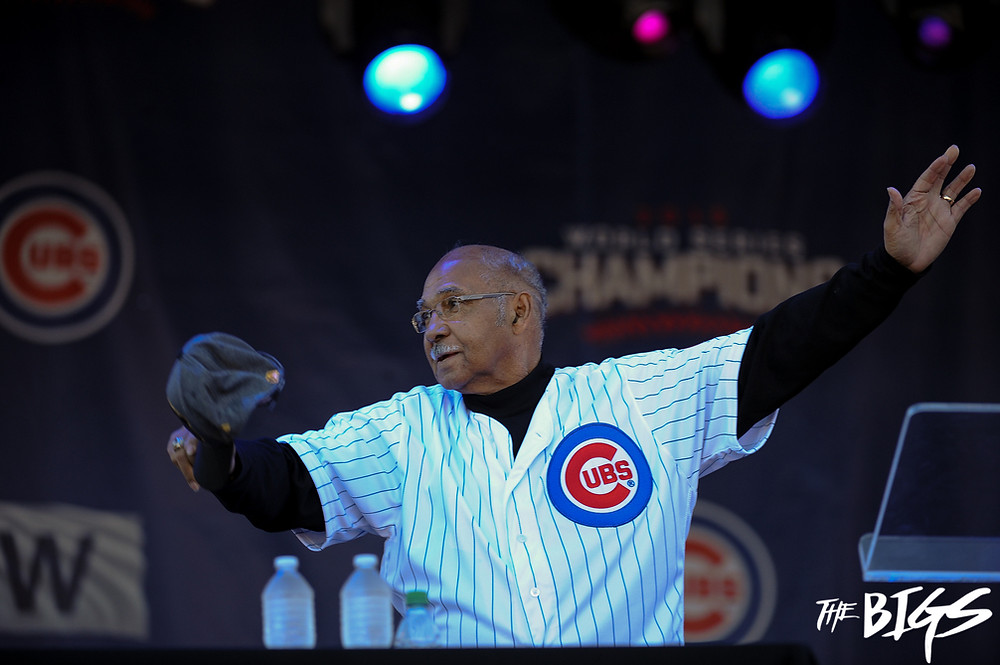 Cubs legend Billy Williams finally celebrates a Cubs World Series Championship at their victory parade(John Alexander/The Bigs Visuals)