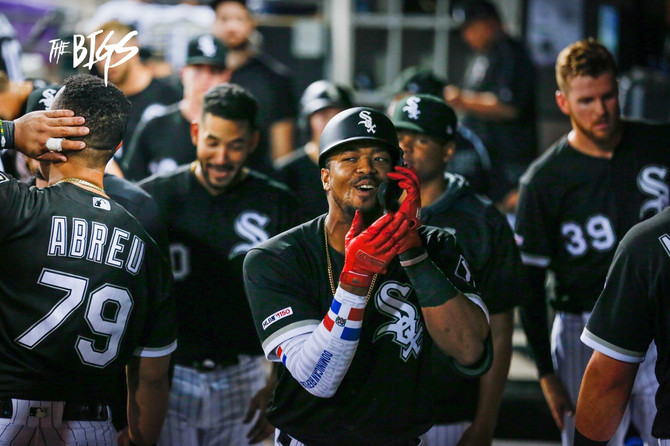 White Sox muscle their way to 6-4 vs Twins