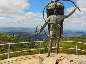 Preciosidades de Triunfo: conheça o Pico do Papagaio