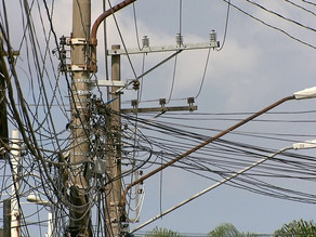 Sancionada lei que manda retirar fios sem uso das ruas