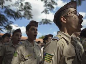 MEC pretende implantar 108 escolas cívico-militares até 2023
