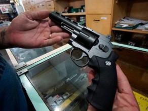 Pesquisa do Ibope mostra que 73% são contra a flexibilização do porte de armas