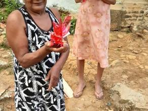 Idosos atendidos pelo serviço de convivência e fortalecimentos de vínculos, celebraram o Dia das Mãe