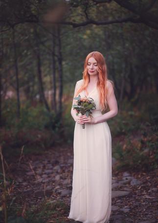 bridal-portrait-photography-wedding-outd
