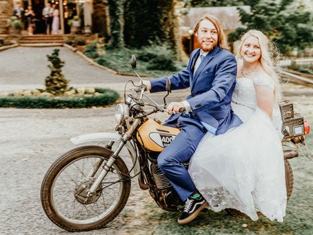 Josh & Lindsay Moyer | Free-Spirited Barn Wedding