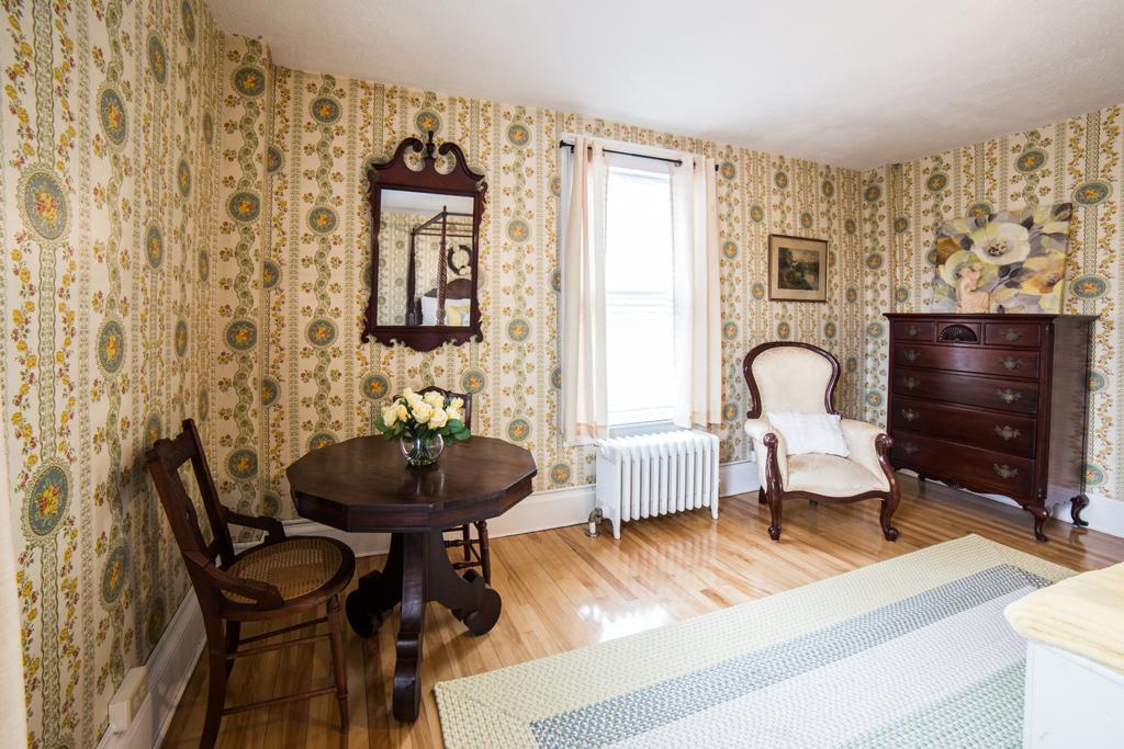 Stowe Room