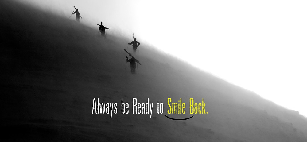 smile_back_bomb_snow_1440_670_95