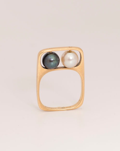 Jean Dinh Van for Pierre Cardin, 18 Karat Gold and Pearls Ring, 1966