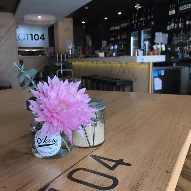 lot-104-table-flowers.jpg