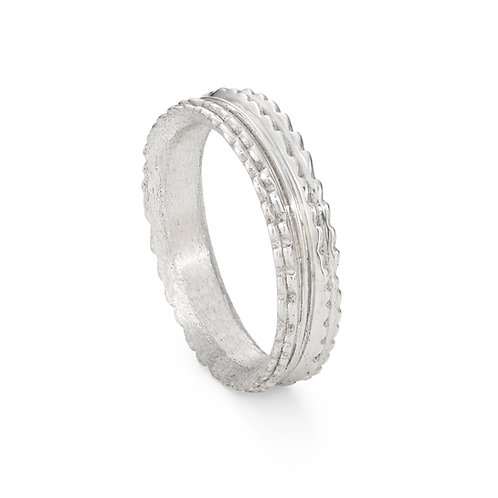 Wide Willow Ring