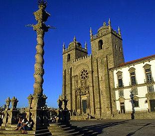 Porto_SeCatedral_660x371.jpg