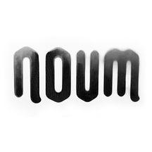 noum - logo 2020 - b on w.jpg