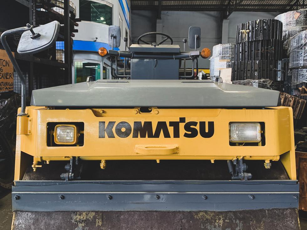 Komatsu Road Roller