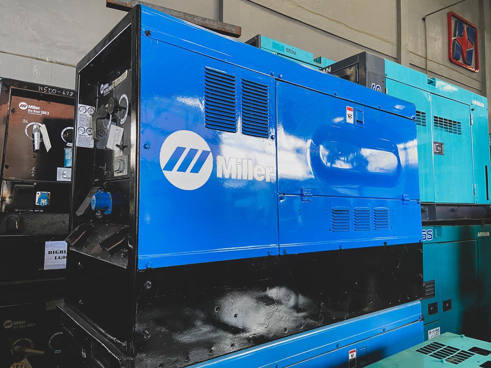 Miller Big Blue 500 Welding Generator