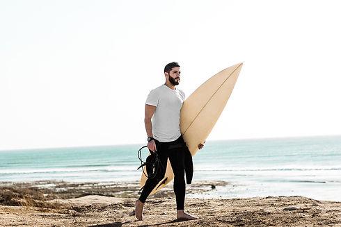 surfer-4234061_1920%20-%20edit%20(1)_edi