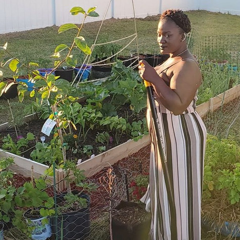A military wife's passion for growing and giving back: Meet Erica of Gardening Under the Influence