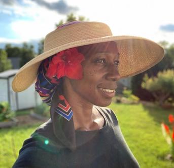 Suburban Haven in South Carolina: Meet Janice of @jaysgardenjournal