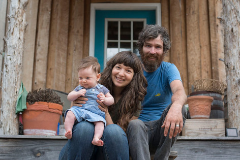 Farm Love: They both left the city, met farming and built their own off-grid farmstead for $5k