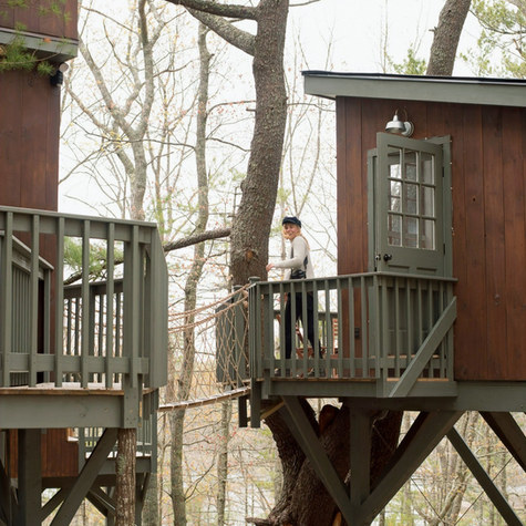 Seguin Tree Dwellings: Brothers return with their families to their back-to-the-land childhood stomping grounds in Maine and build a magic treehouse vacation business