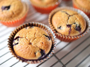 Fit muffins con proteína vegana, banana y cacao