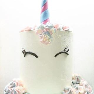 Unicorn cake for Julie 🦄_DM us to order