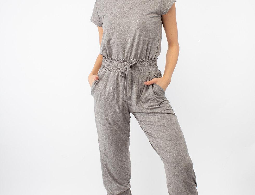 Set de pantalón relajado y playera gris claro