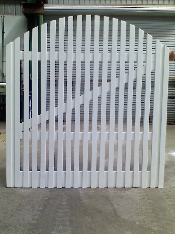 White Picket with Curved Top